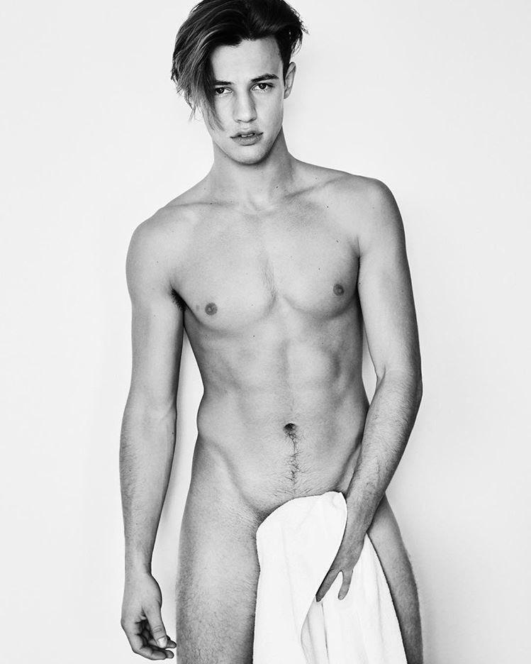 Dallas nudes cameron Cameron Dallas